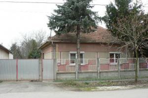 Békécsaba, 100m2 house,  936m2 plot